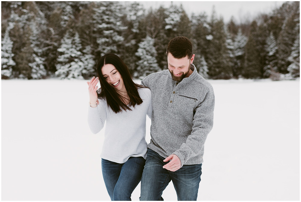 Snowy engagement session on Heart Lake by Mountainaire Gatherings