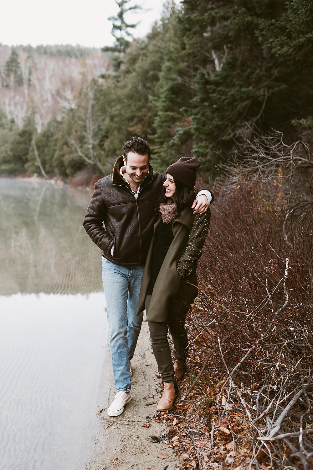 How to dress for your engagement session by Mountainaire Gatherings