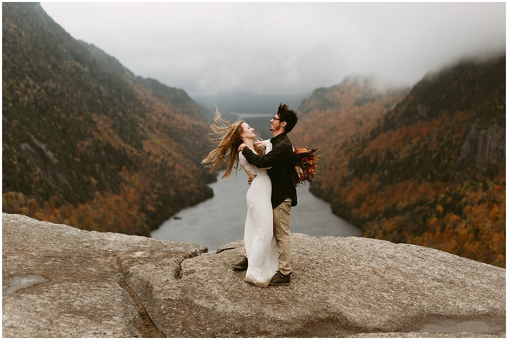 weddings photos at fish hawk cliffs by Mountainaire Gatherings