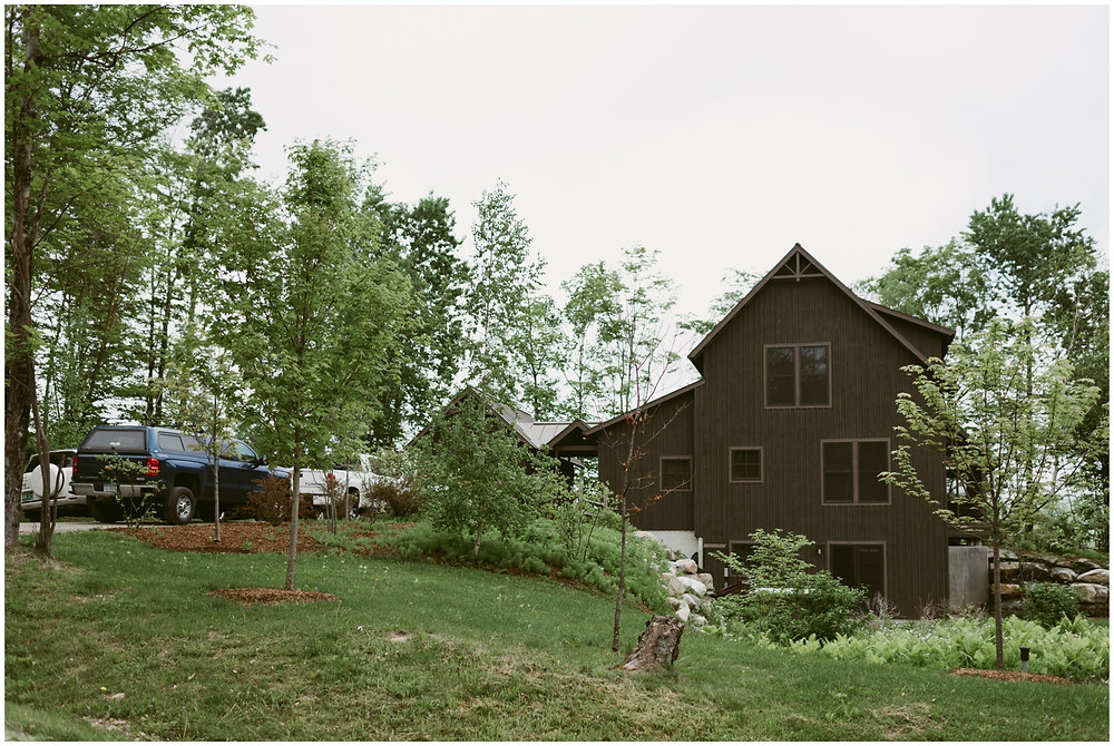 Late spring wedding at the Mountain Top Inn in VT