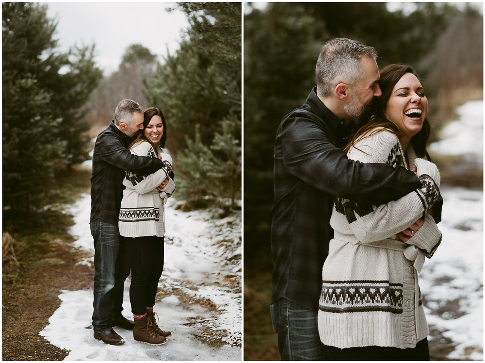 Cold weather engagement photos in the mountains by Mountainaire Gatherings