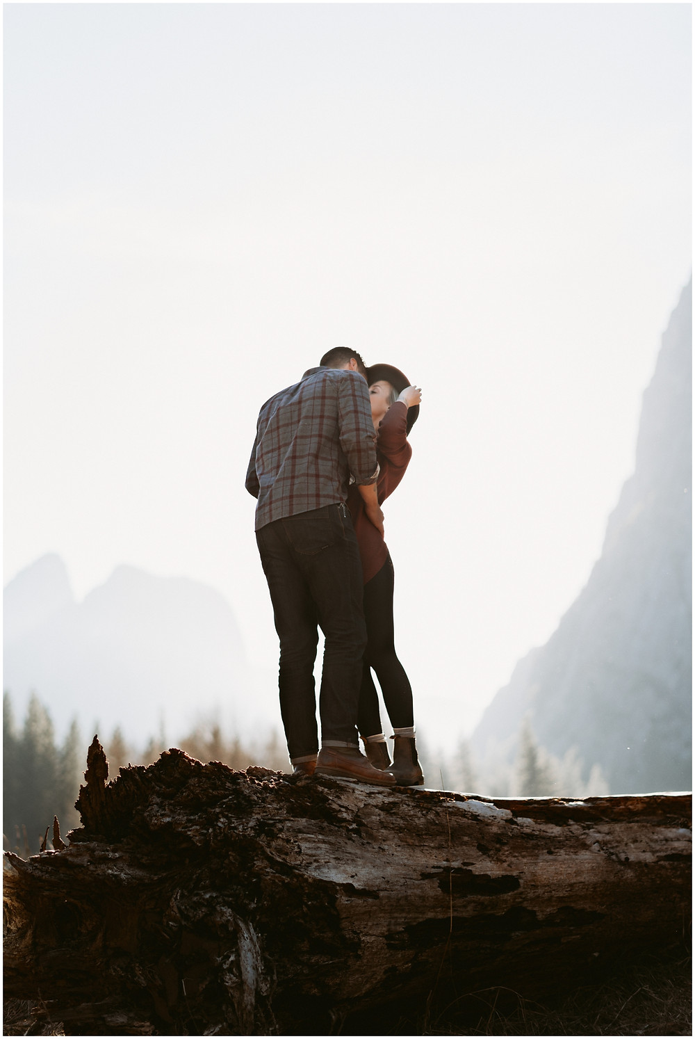 Yosemite, California elopement and wedding photographer Mountainaire Gatherings