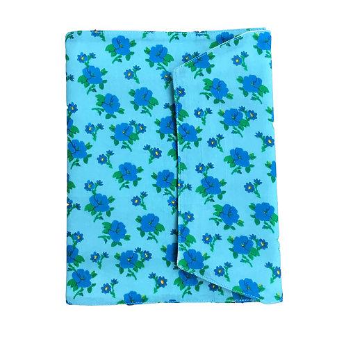 Protège carnet de santé Blue retro flowers Le petit Lucas du Tertre
