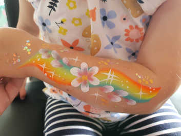 toddler arm art by kando