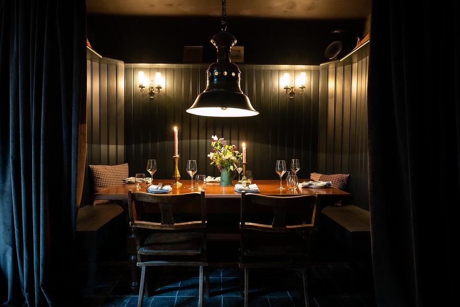 Royal-Oak-Dining-20200801_032.jpg