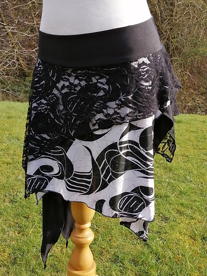 LAYERED PULL ON OVERSKIRT, black and white