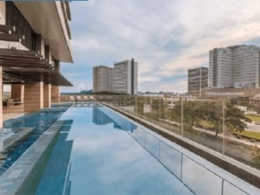 swimming-pool-the-suites-at-gorordo