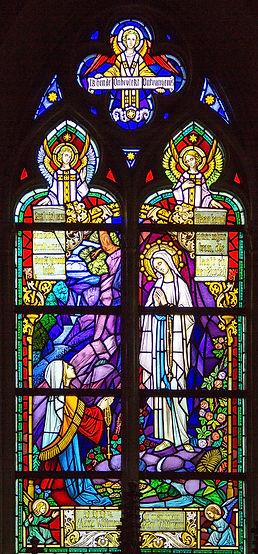 Lourdes_glasraam St. Antoniuskerk Heistj