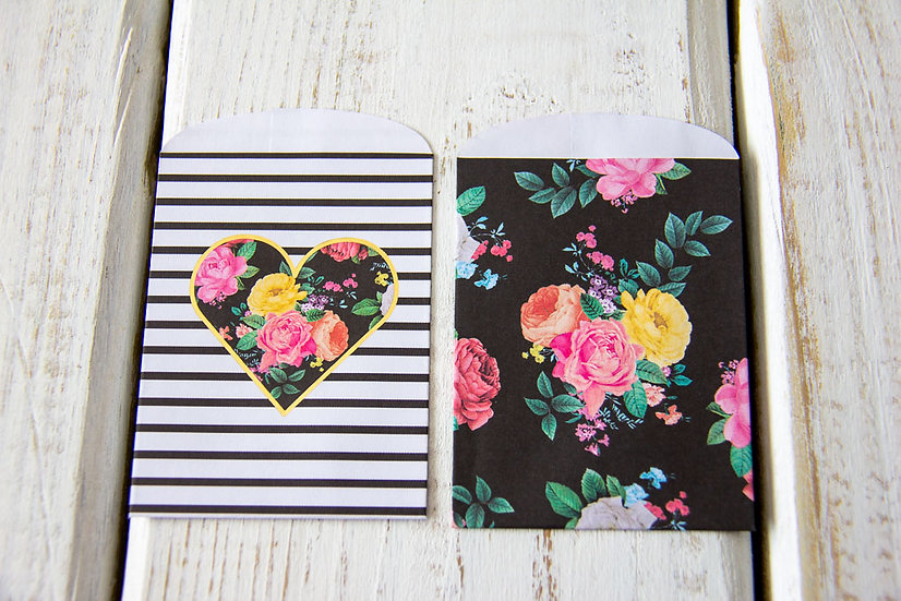 Floral Heart Paper Gift Card Bags