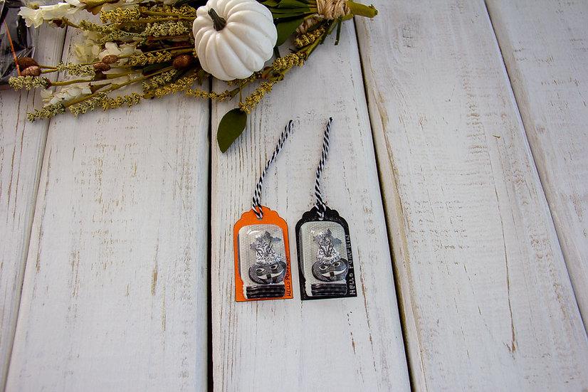 Medium Halloween Tags - Assorted