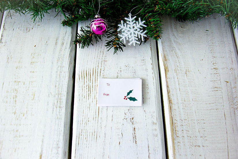 Holly - Adhesive Gift Tags