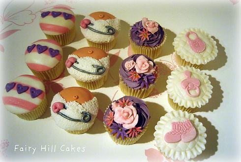 12 cupcakes.jpg