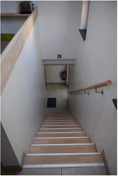 escalier sortie.png