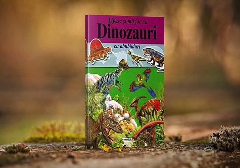Dinozauri cu abtibilduri