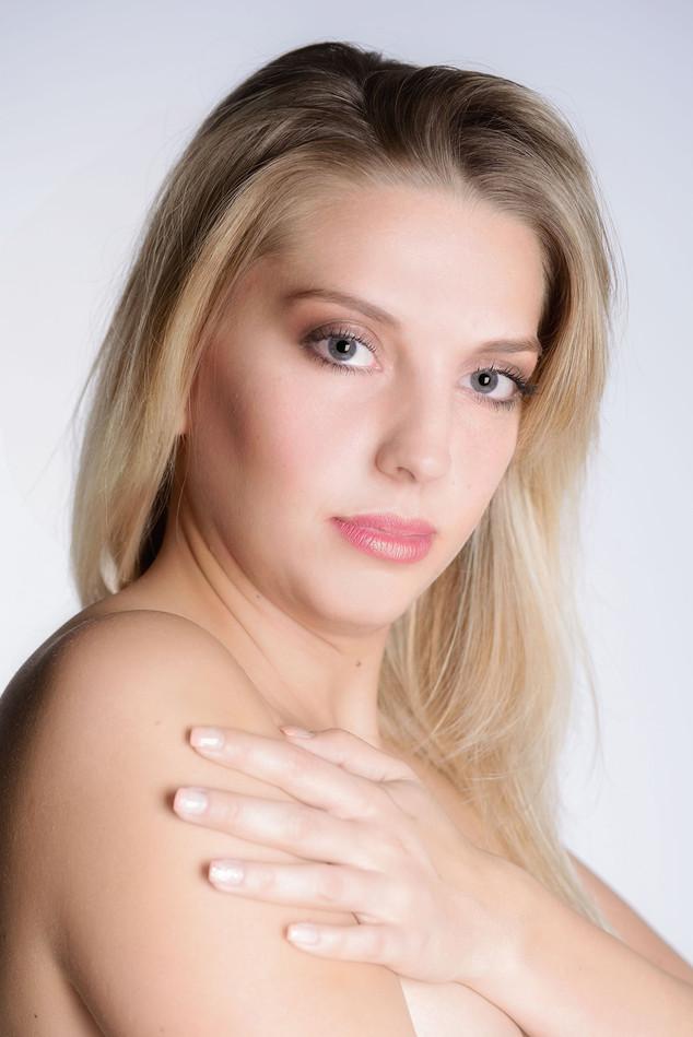 Nudes Landau