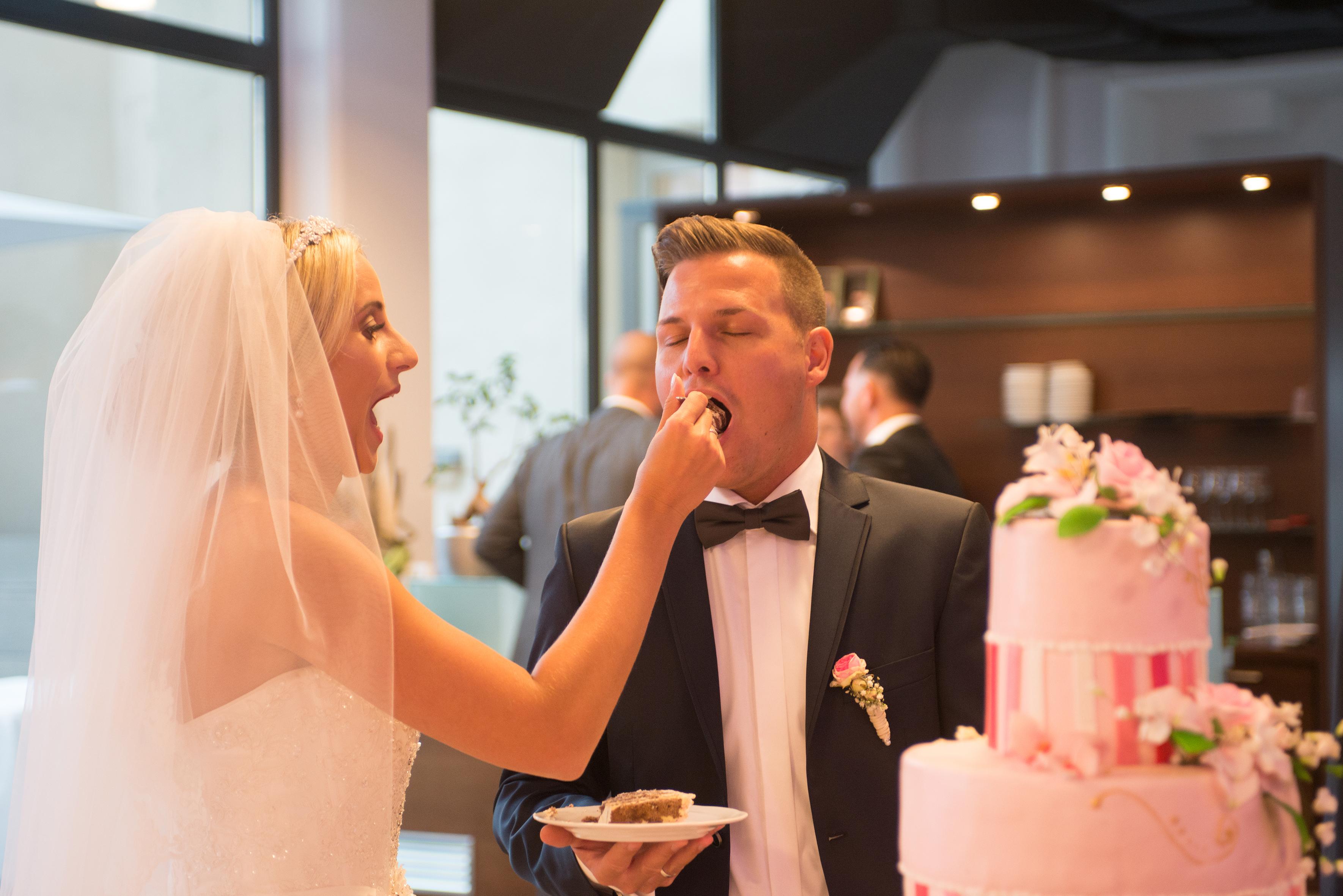 Wedding Landau