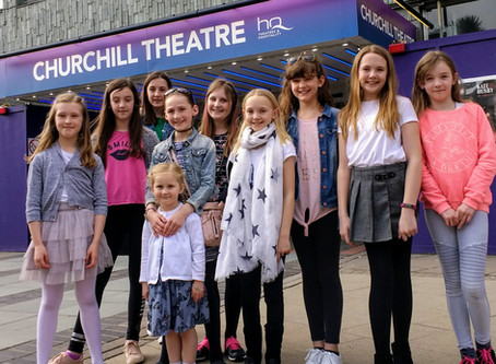 Tenterden Ballet students go to see Swan Lake