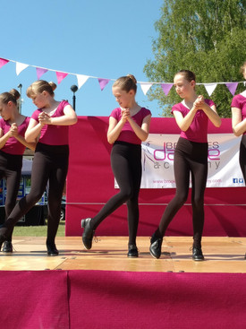 Children's Tap Dance at the May Fayre