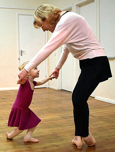 Dance classes for toddlers in Tenterden