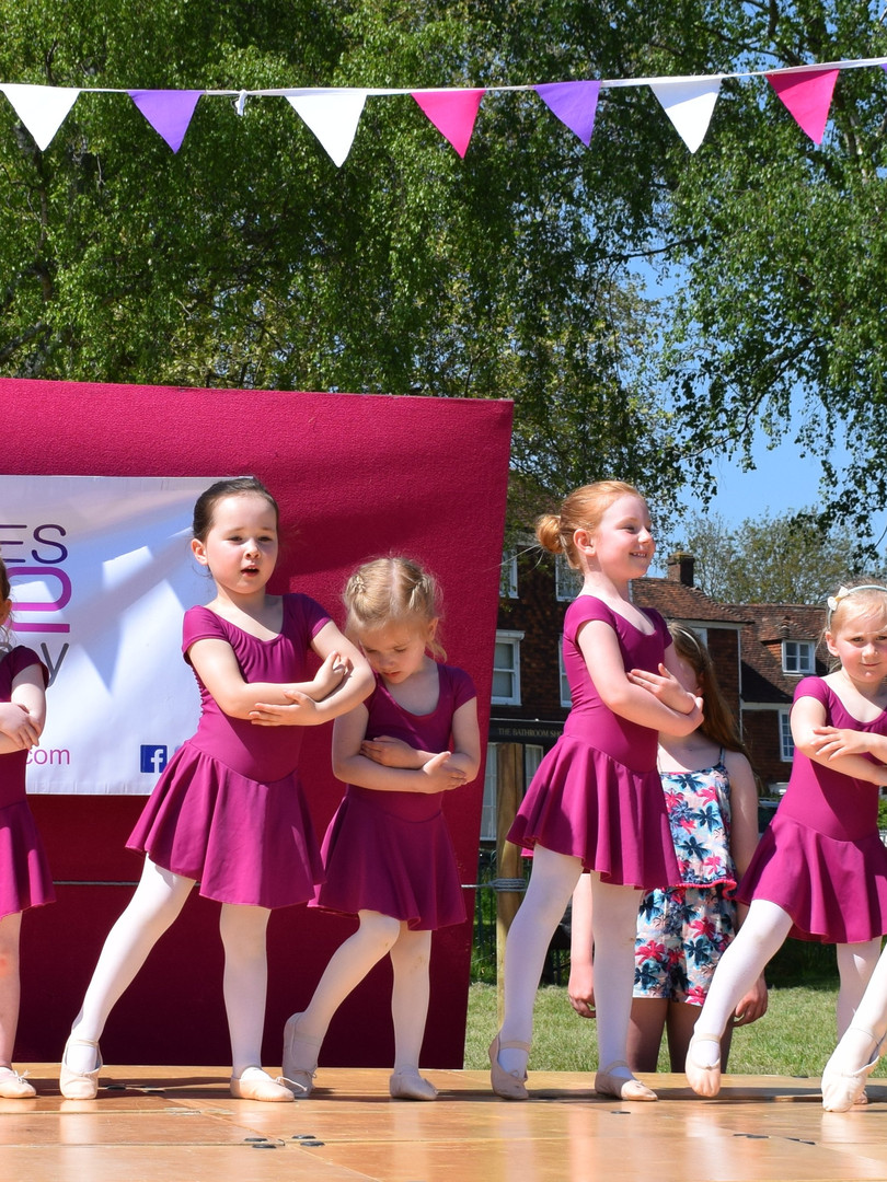 Baby Ballet at the May Fayre