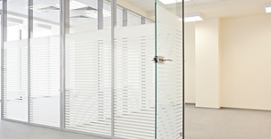 Example of framless glass door fitted by Krowl