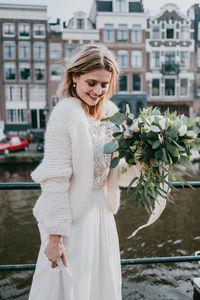 huge selection of bed6b fdb81 Moderne zweiteilige Brautkleider - Hochzeitskleid mal anders