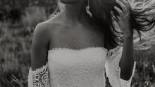 Modernes Brautkleid aus Spitze - lässig, eleganter Boho Look
