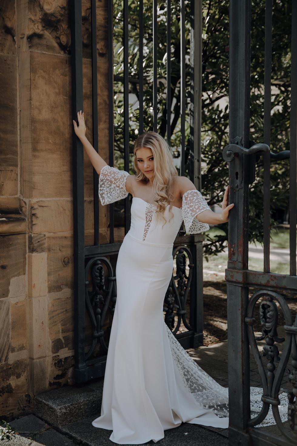 Moderne Brautkleider aus Mannheim| Zweiteiler für die Braut| Schlicht, Feminin oder mit Boho Details