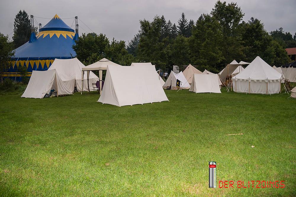 Zeltlager bei einer Convention