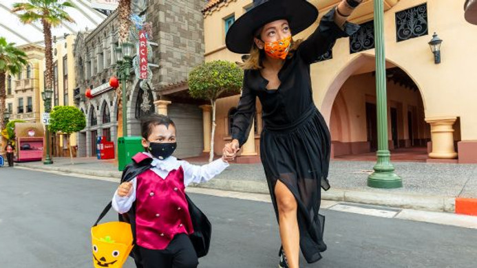 Halloween at Universal Studio Singapore with AAS