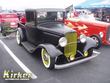 1932 Ford Pickup Hot Rod Black-Satin Finish (UA-70388)