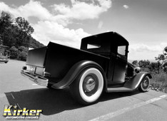 1932 Ford Hot Rod Black-Satin Finish (UA-70388)
