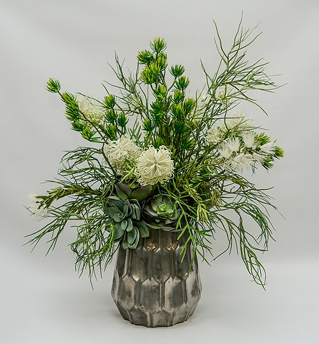 3387 WHITE GREVILLEA FOLIAGE IN MUTED SILVER LG