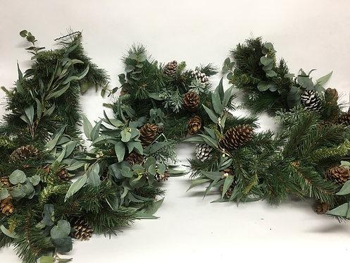 2818 9' Pinecones Eucalyptus Garland