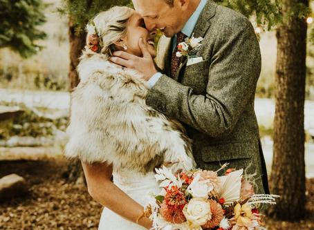Washington Couple Weds in Colorado