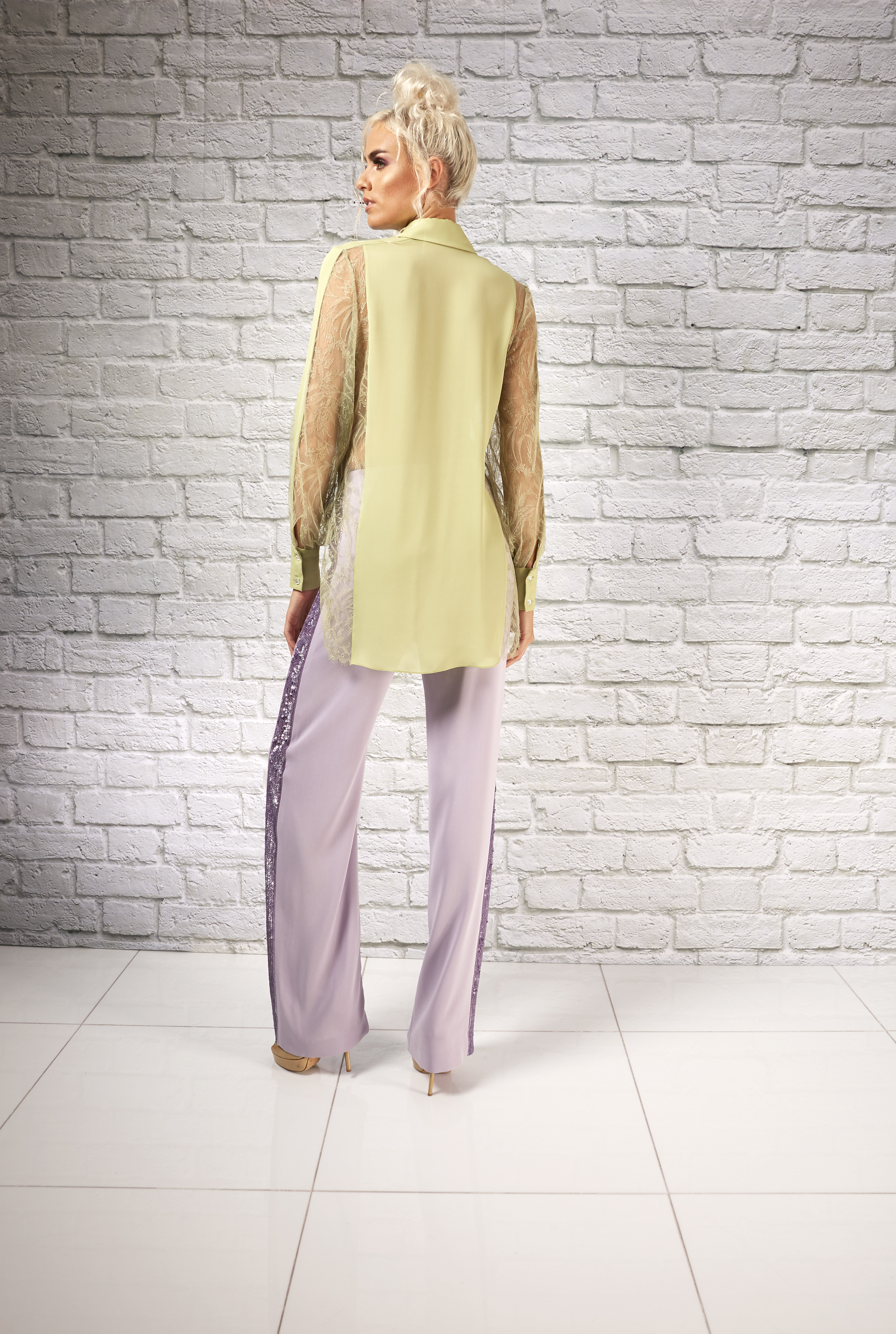 Spring Evolution-Ariana &kesha shirt-B_0