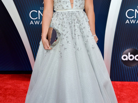 Lauren Alaina Owned the Red Carpet at the CMA's