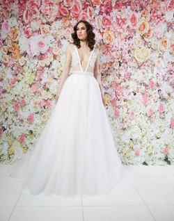 MAGGIE GOWN_F