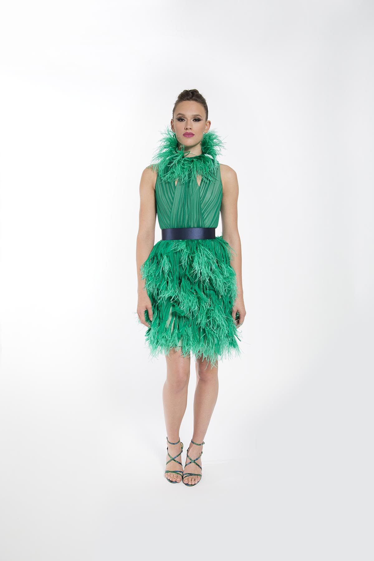 IRIS GREEN FEATHERED COCKTAIL DRESS COLLAR