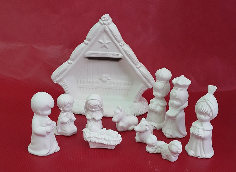 Nativity scene set - 11 figures plus stable (18cm h)