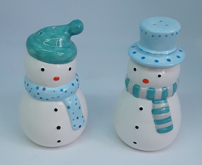Salt and pepper Snowmen set