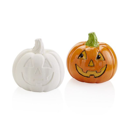 small pumpkin figure (not lantern)