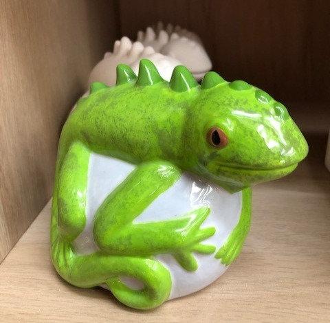 Lizard on Rock Figure
