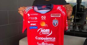 ¡Otra baja! Greivin Méndez jugará con el campeón nacional