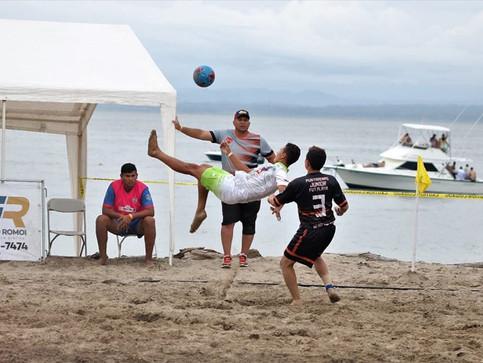 Limonense pasó de jugar en Playa Bonita a reforzar al campeón nacional