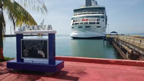 Crucero Rhapsody arribó a Limón con 97 costarricenses que estaban en Miami