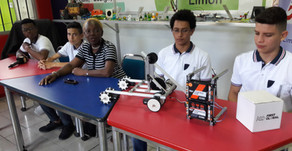 Jóvenes limonenses representaran a Costa Rica en concurso de robótica.