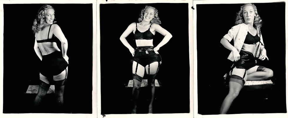 Blonde in Undress (11 original mail-order pin-up photographs)