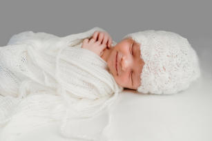 Nelson newborn photographer