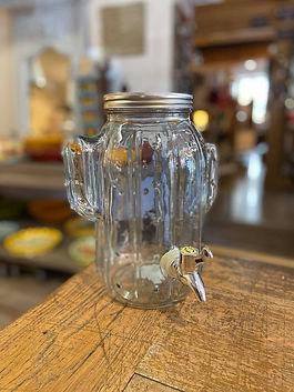 Fontaine à boisson avec robinet deco forcalquier alpes de haute provence 04